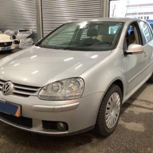Volkswagen Golf V 1.6 Tour - DSA Auto